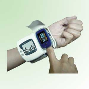 ChoiceMMed blood pressure monitor & SpO2 monitor MD500B